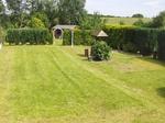 Blick von Terrasse in den Garten