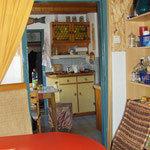 Blick von Esszimmer in Küche