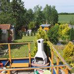 Blick in Garten vom Wohnzimmer